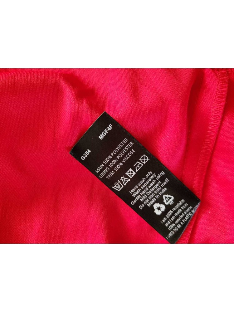 Raudona suknelė 53