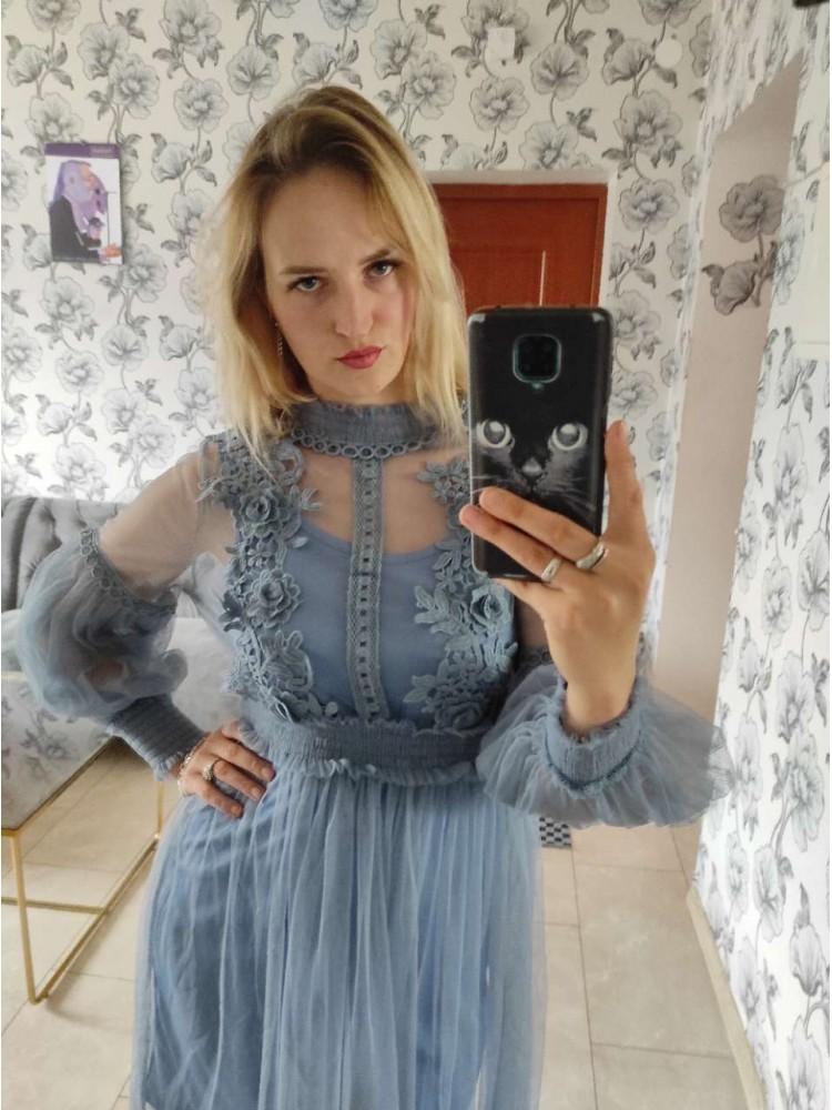 Šviesi suknelė 6